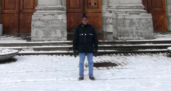 Le Professeur  Ernest Sumaili, Rédacteur En Chef Adjoint Des Annales Africaines De Médecine Est En Stage